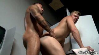 Gym Gloryhole – Alessio Romero, Brian Bonds
